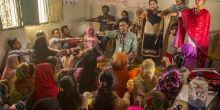 VSO ICS volunteers in Parbatipur, northern Bangladesh, arrange a meet with the local youth community as part of an awareness campaign on early marriage.